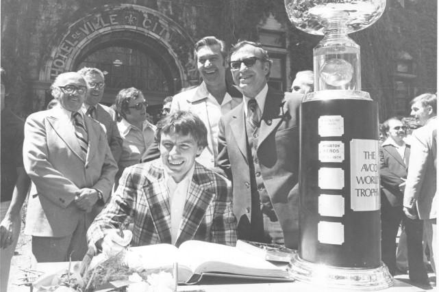 Les joueurs, dont Marc Tardif, avaient signé le... (Archives Le Soleil)