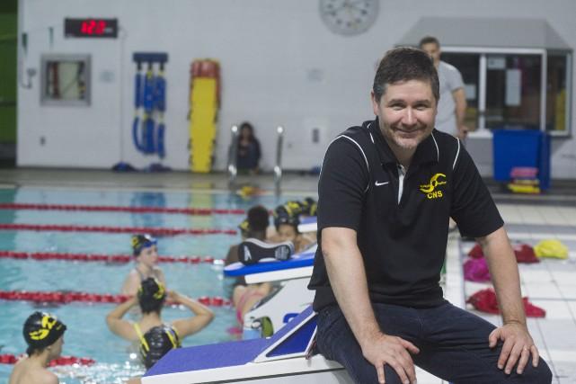 La président actuel du Club de natation de... (Spectre Média, Julien Chamberland)