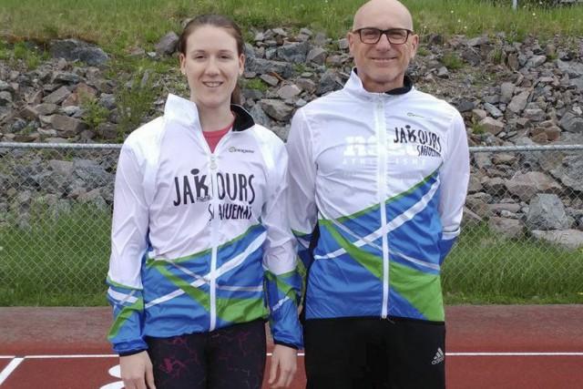 Deux entraîneurs du club Jakours, soit Anne-Marie Fortin,... (Courtoisie)