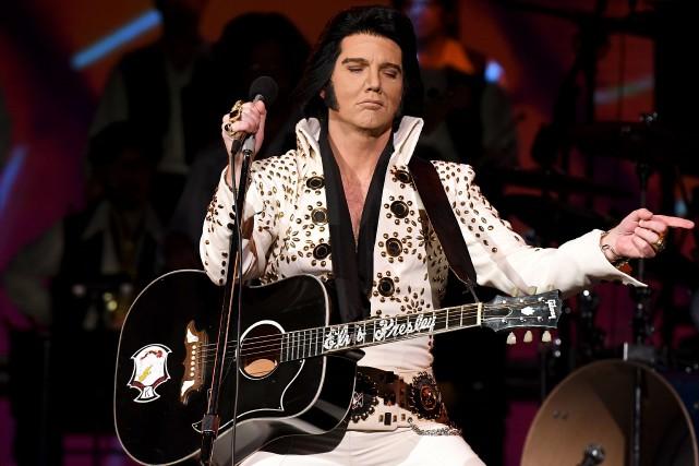 Dans la peau d'Elvis Presley, Martin Fontaine a... (Le Progrès, Rocket Lavoie)