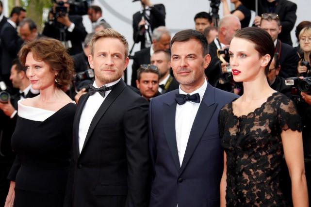 L'équipe de L'amant double:Jacqueline Bisset,Jérémie Renier, le réalisateur... (PhotoJean-Paul Pelissier, Reuters)
