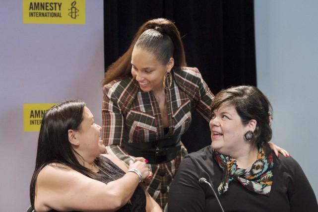 De gauche à droite, Melanie Morrison, Alicia Keys... (La Presse canadienne, Graham Hughes)