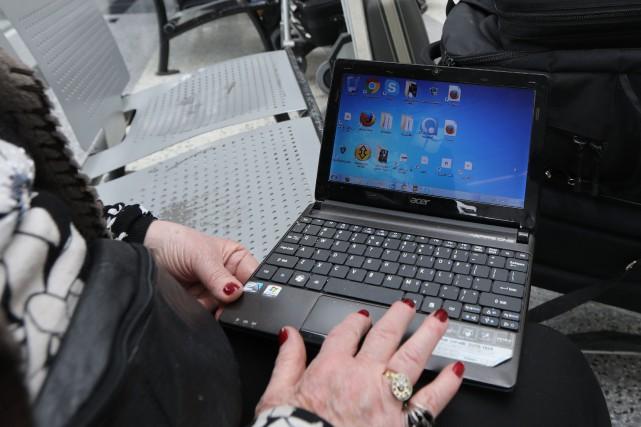 Les autorités américaines sont prêtes à interdire les ordinateurs portables en... (Photo ANWAR AMRO, archives Agence France-Presse)