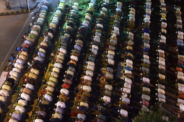 Le chef des tribunaux islamiques palestiniens a ordonné dimanche aux juges de... (Photo Rizwan Tabassum, Agence France-Presse)