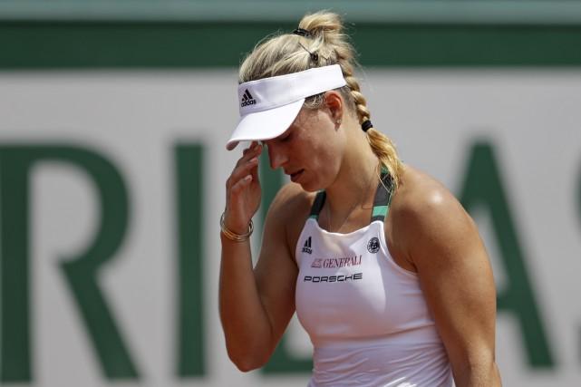 L'Allemande Angelique Kerber est devenue la première joueuse... (AP, Petr David Josek)