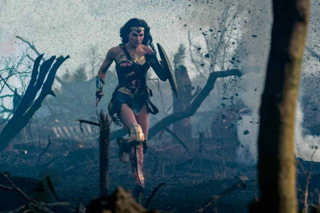 Gal Gadot dans Wonder Woman... (Photo fournie par Warner Bros.)
