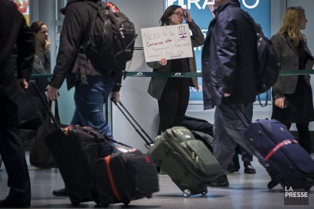 La famille Barbar est arrivée au Canada lundi matin comme prévu. Cette famille... (Archives La Presse)