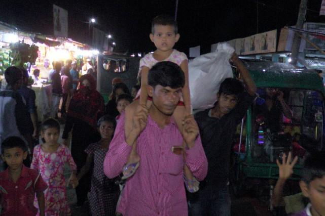 Environ 300000personnes ont déjà été transférées vers des... (Photo Agence France-Presse/STR)