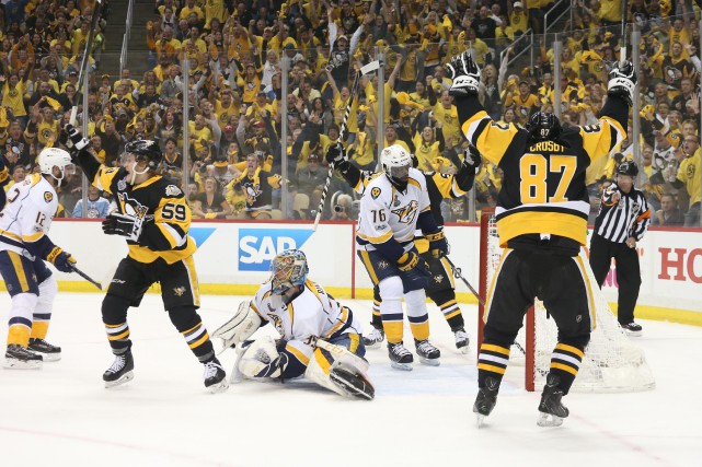 Les Penguins ont inscrit trois buts sans riposte... (Photo USA Today Sports)
