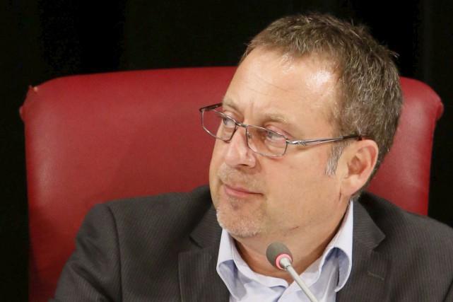 Le conseiller Daniel Champagne... (Simon Séguin-Bertrand, Le Droit)