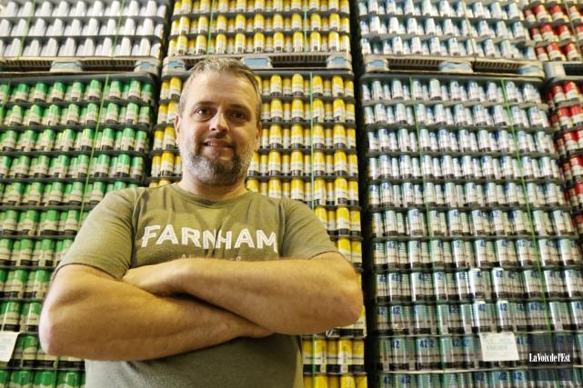 Le propriétaire de la brasserie de Farnham,Jean Gadoua.... (archives La Voix de l'Est)