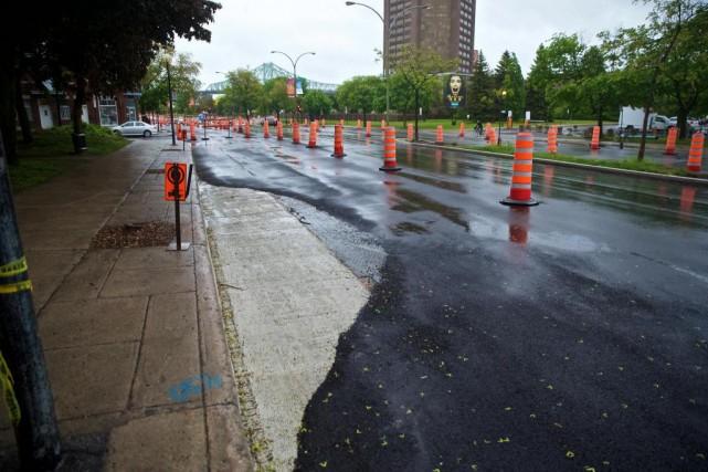 Alors que les travailleurs de la construction débrayaient... (Photo André Pichette, La Presse)