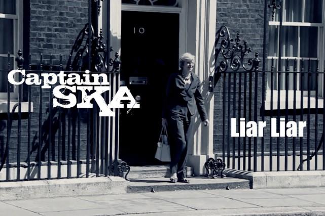 Liar Liar: une chanson accusant la Première ministre britannique... (Photo tirée de la page Facebook du groupe Captain SKA)
