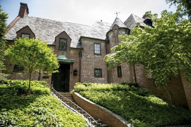 La demeure d'environ 800 mètres carrés est située... (ARCHIVES AP)