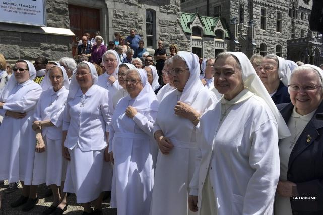Les religieuses des Petites Soeurs de la Sainte-Famille... (La Tribune, Marie-Christine Bouchard)