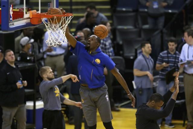 Critiqué pour avoir «déserté» Oklahoma City pour Golden... (AFP, Ezra Shaw)