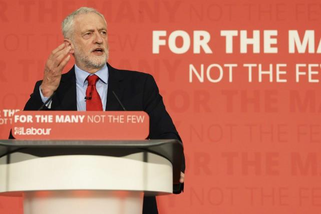 Jeremy Corbyn estle chef du Parti travailliste.... (PHOTO AP)