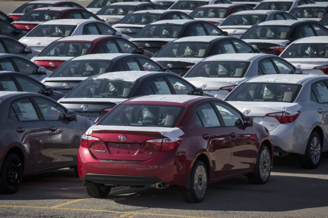 Selon la firme spécialisée, les ventes de véhicules... (PHOTO ARCHIVES REUTERS)