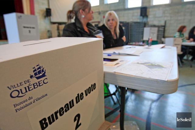 L'abolition des référendums dans les villes sera conditionnelle... (Photothèque Le Soleil, Pascal Ratthé)