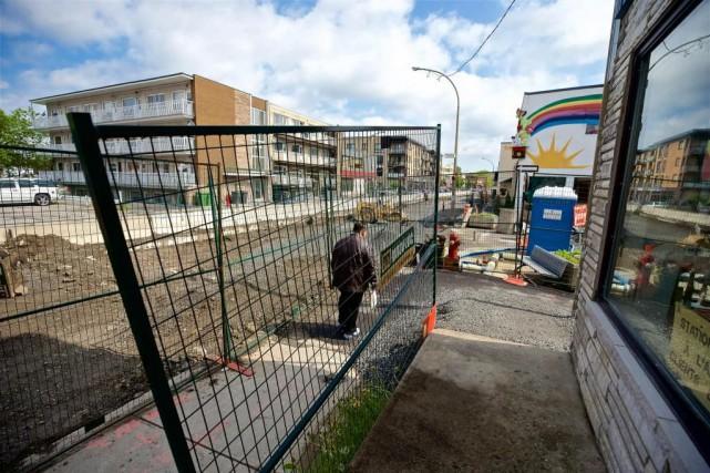 Le chantier d'infrastructures du boulevard Gouin, entre la... (Photo André Pichette, La Presse)