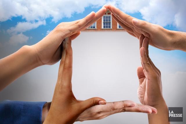 Vivre en copropriété, c'est choisir un type d'habitation collectif où... (Photomontage La Presse)