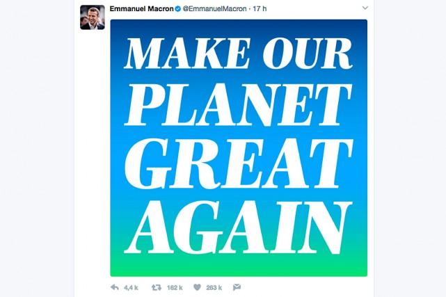 Emmanuel Macron est devenu vendredi le Français le plus retweeté avec son... (CAPTURE D'ÉCRAN)