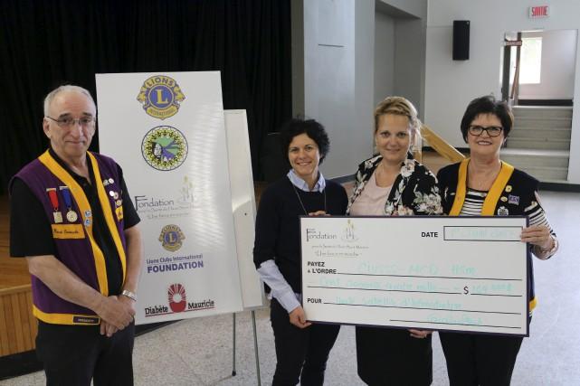 Un chèque de 164 000$ a été remis... (Audrey Tremblay)
