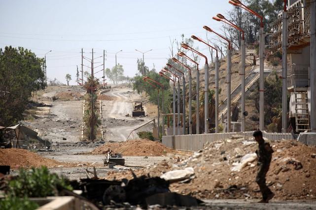 Un membre des Forces Démocratiques Syriennes (FDS), une... (PHOTO DELIL SOULEIMAN, AGENCE FRANCE-PRESSE)