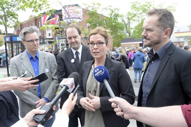 La chef de Démocratie Québec, Anne Guérette... (Le Soleil, Jean-Marie Villeneuve)