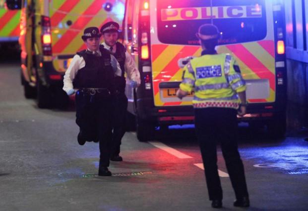 Les attaques commises la nuit dernière dans le... (PHOTO DANIEL SORABJI, AGENCE FRANCE-PRESSE)