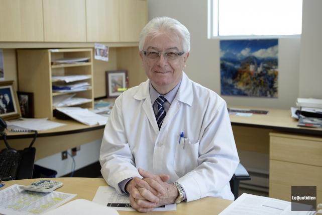 Dr François Brochet a reçu le prix Jean... (Archives Le Quotidien, Jeannot Lévesque)