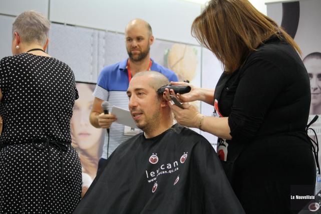 Participer au Défi têtes rasées de Leucan est... (Gabriel Delisle, Le Nouvelliste)