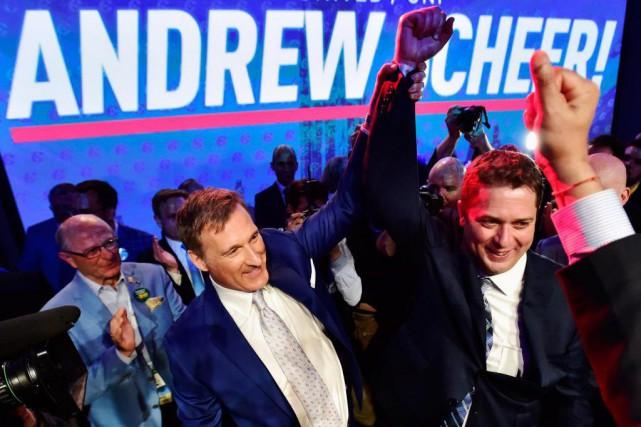 Andrew Scheerdoit une fière chandelle aux membres québécois... (PHOTO FRANK GUNN, LA PRESSE CANADIENNE)