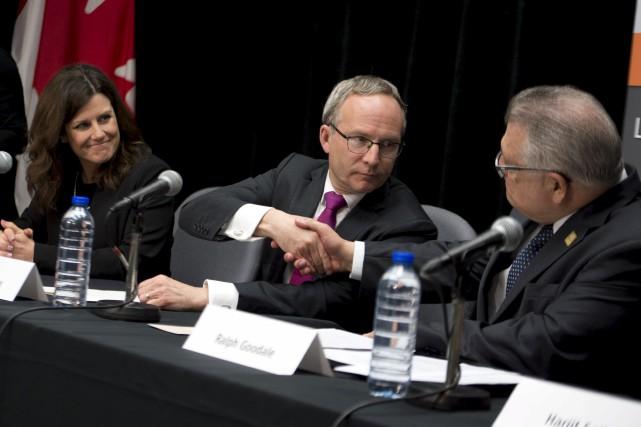 La ministre responsable de l'Outaouais, Stéphanie Vallée, était... (Martin Roy, Le Droit)