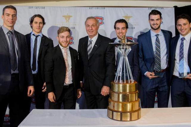 On voit Philippe Forciersur la photo en compagnie... (Photo: Canadien de Montréal)