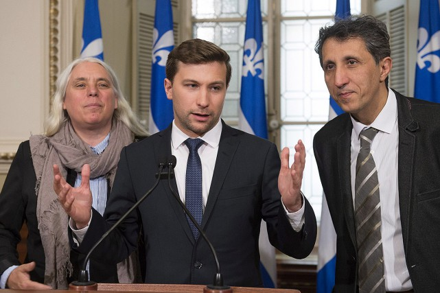 Gabriel Nadeau-Dubois, avec Manon Massé et Amir Khadir,... (Jacques Boissinot, PC)