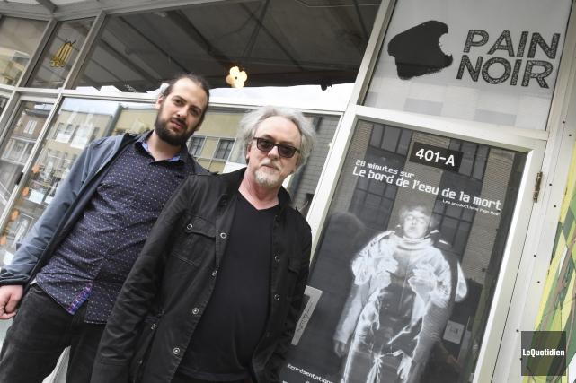 Les membres du collectif PAIN NOIR William Gagnon... (Photo Le Quotidien, Michel Tremblay)