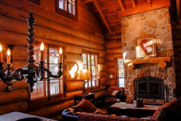 La première maison en bois de la coopérative Les Artisans du Fjord a vu le jour... (Photo courtoisie)