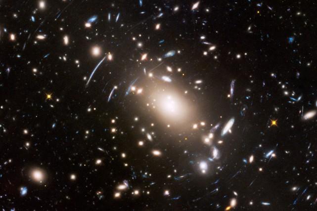 Au moins 97% des étoiles qui existent et... (ARCHIVES REUTERS)