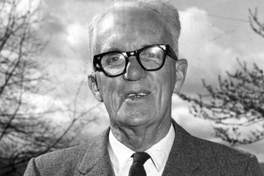 Henry Emmanuel Roberts, ex-directeur d'une école du Queensland,... (Photo tirée du Herald & Weekly Times Limited portrait collection)