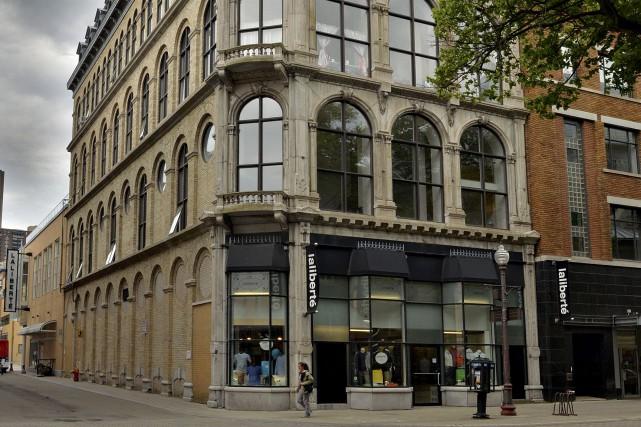 Le magasin du côté de la rue Saint-Joseph... (Le Soleil, Patrice Laroche)