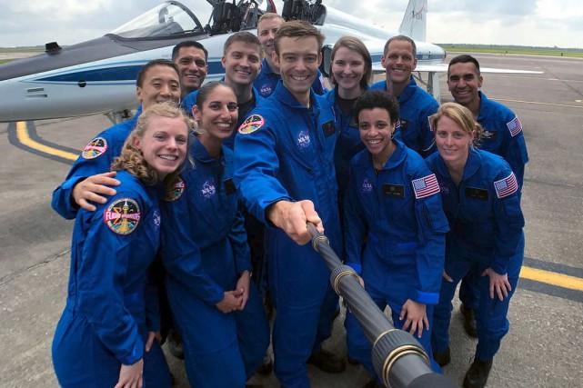 Les douze futurs astronautes pourraient effectuer des missions... (AFP)