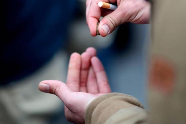 «S'il y a un aspect du cannabis sur... (PHOTO KENZO TRIBOUILLARD, ARCHIVES AGENCE FRANCE-PRESSE)