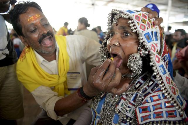 Chaque année en juin, des personnes souffrant d'asthme... (AFP, Noah SEELAM)