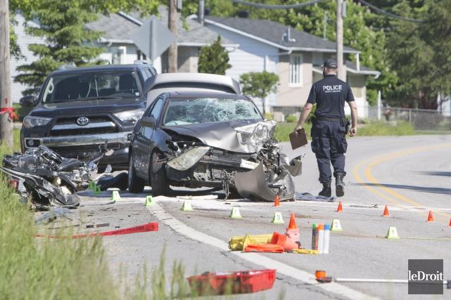 Trois véhicules ont été impliqués dans cette collision... (Simon Séguin-Bertrand, Archives Le Droit)