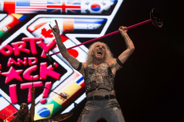 Le groupe heavy metal Twisted Sister soutient qu'un promoteur l'a floué en ne... (PHOTO ARCHIVES AP)