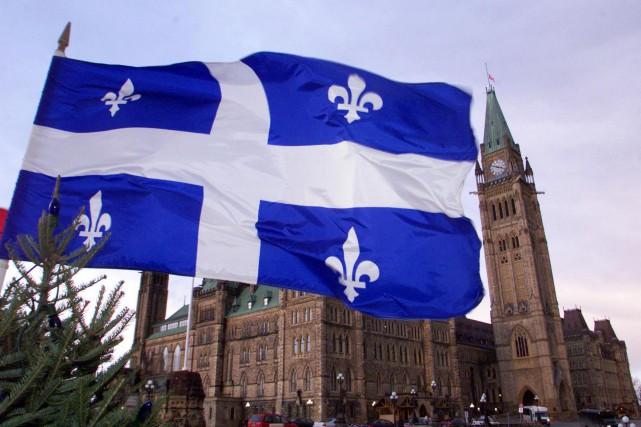 D'ici à ce que les tribunaux tranchent, Québec... (PHOTO ARCHIVES LA PRESSE CANADIENNE)
