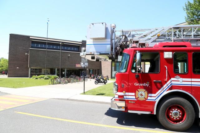 Les pompiers de Granby sont intervenus pour identifier... (Janick Marois)