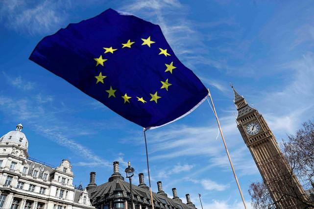 Les négociations sur le Brexit commenceront comme prévu le 19juin, a annoncé... (Photo Peter Nicholls, archives REUTERS)