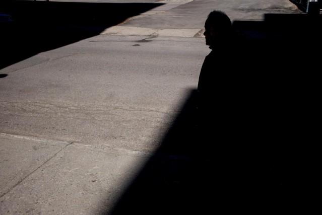 Ils vivent dans l'ombre. Ils triment dur, souvent la nuit. Ils sont invisibles.... (PHOTO MARTIN TREMBLAY, LA PRESSE)